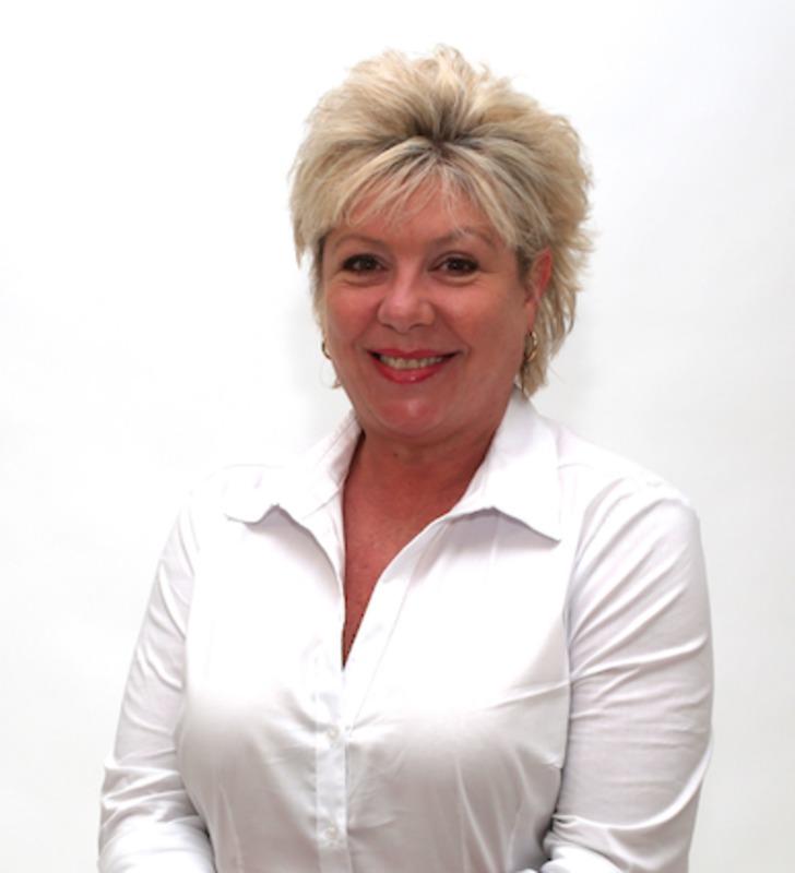 Liz Robinson