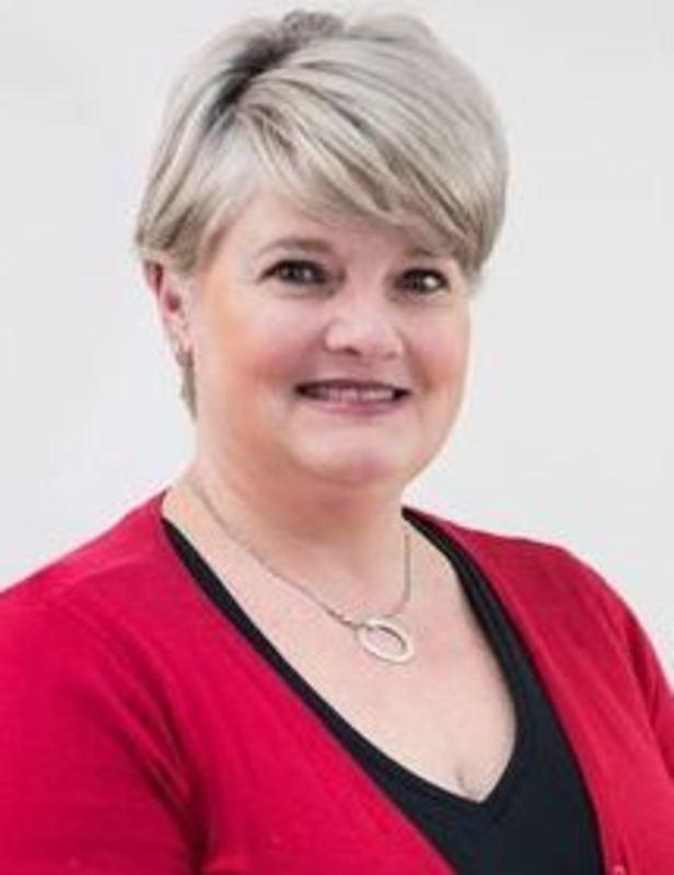 Lynda Botsis