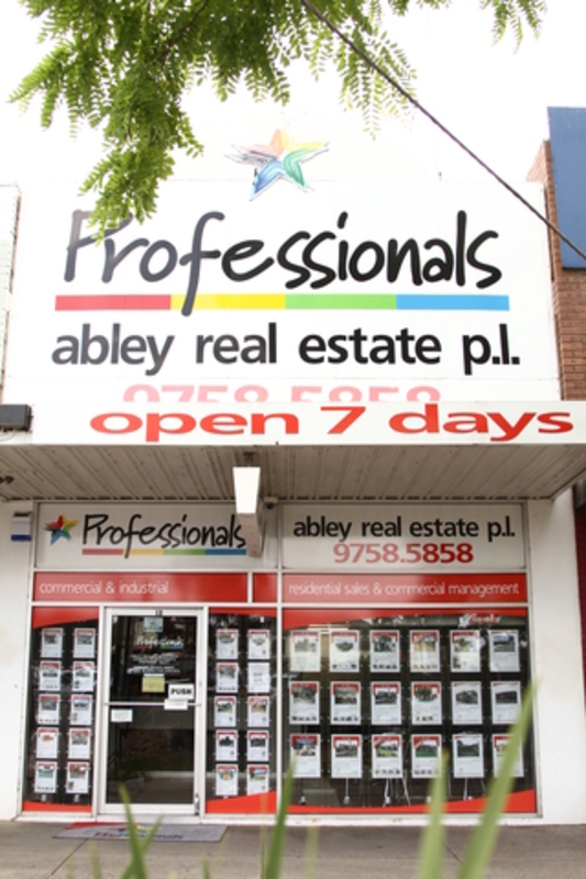 Professionals Ferntree Gully