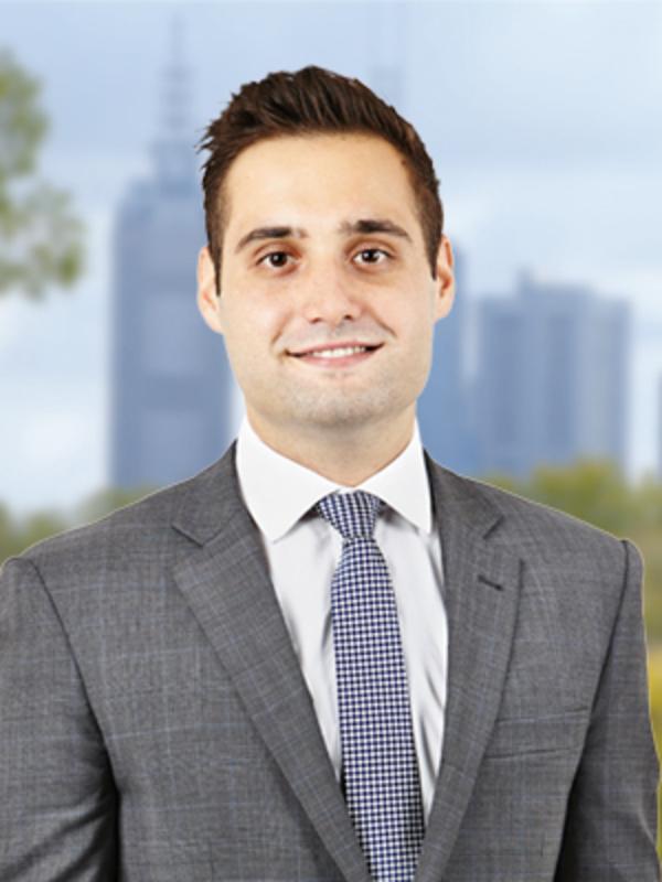 Adrian Petrucelli